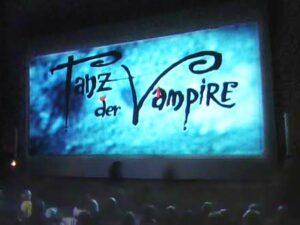 Leinwand beim Freiluftkino 2008 im Kinomuseum Vollbüttel
