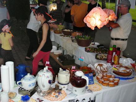 Es gab viele Spezialitäten beim Freiluftkino 2009 im Kinomuseum Vollbüttel