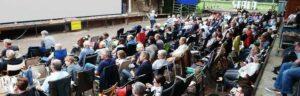 Publikum beim Freiluftkino 2017 im Kinomuseum Vollbüttel