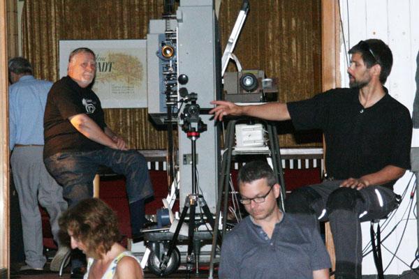 Test von Bild und Ton beim Freiluftkino 2018 im Kinomuseum Vollbüttel