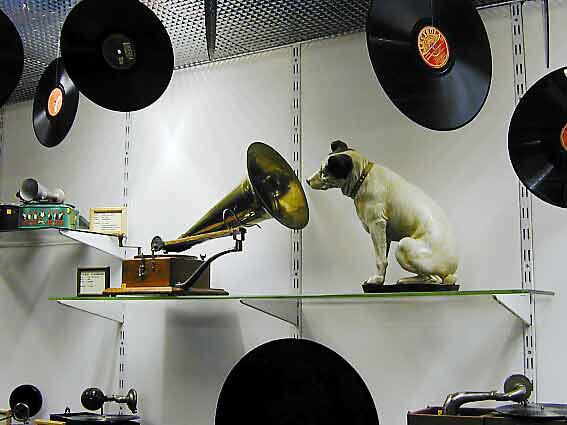Grammophon-Ausstellung-2002_03